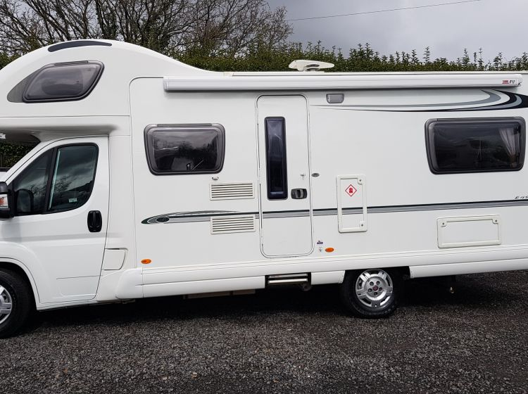now sold thanks!!!!!!BESSACARR E495 mototohome 6 BERTH 6 SEATBELT u shape lounge 2009 excellent condition px and finance 6 months warranty