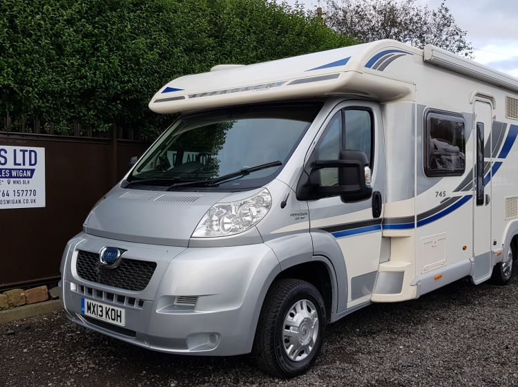bailey approach 745 se motorhome 4 berth french bed 4 seatbelts  extras-excellent condition solar pannel fitted 2013