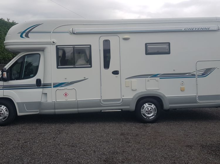 now sold thanks!!!!!Autotrail CHEYENNE 696 garage motorhome 2.3 diesel 4 berth 2 seat belts fixed bed 2009 fsh 2 keys excellent condition px and finance welcome