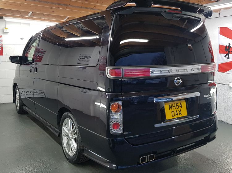 Nissan Elgrand Rider s 3.5 automatic 8 seater black jap import in stock excellent condition px and finance 6 months warranty