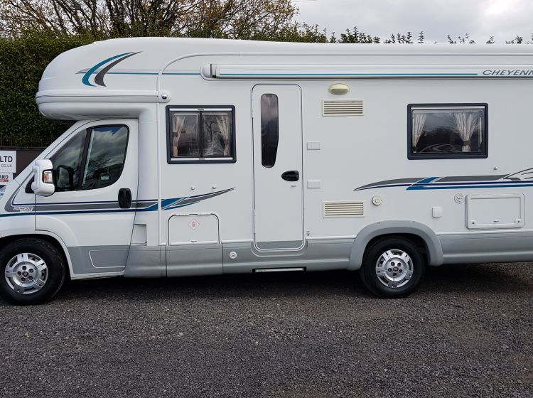 AUTO-TRAIL cheyenne 740s motorhome 2.3 diesel 4 Berth -twin single beds 2008 fsh 2 keys excellent condition px and finance welcome
