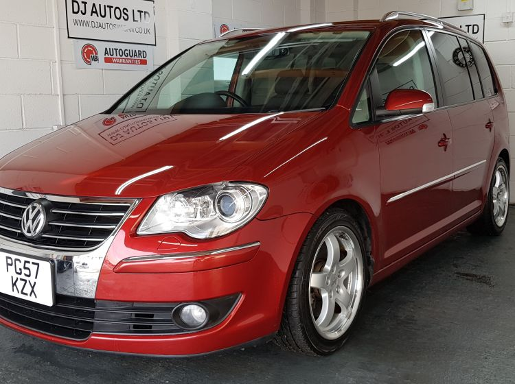 now sold thanks!!!!!!!Volkswagen Touran 1.4 TSI burgundy DSG highline jap import 2008 sunroof px welcome excellent alround condition 6 months warrant