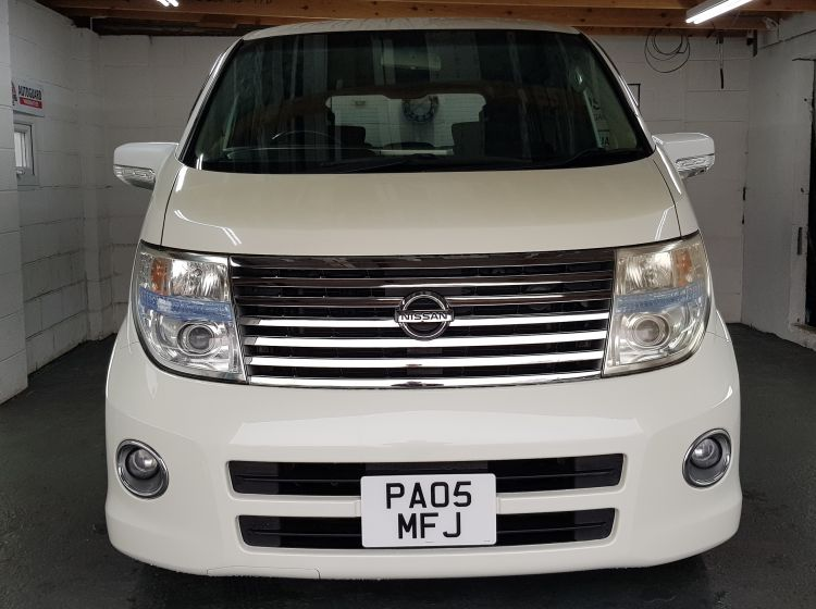 now sold thanks!!!!!!nissan-elgrand-2-5-automatic-8-seater-white-2-4wd-rust-free-genuine-mileage-2005-excellent-condition-px-and-finance-6-months-warranty