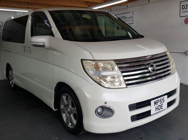 now sold thanks!!!!!Nissan elgrand 2500cc highway star jap import automatic white 2005-4 new tyres excellent px and finance 6 months warranty