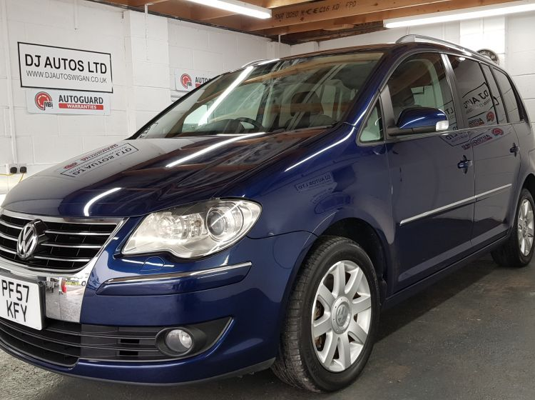 now sold thanks!!!!!Volkswagen Touran 1.4 TSi highline automatic blue top class jap import-excellent condition 2 x cameras fitted  px and finance 6 months warranty