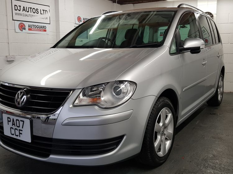 now sold thanks!!!!Volkswagen Touran 1.4 TSI automatic 7 seater silver japanese import excellent condition px and finance 6 months warranty