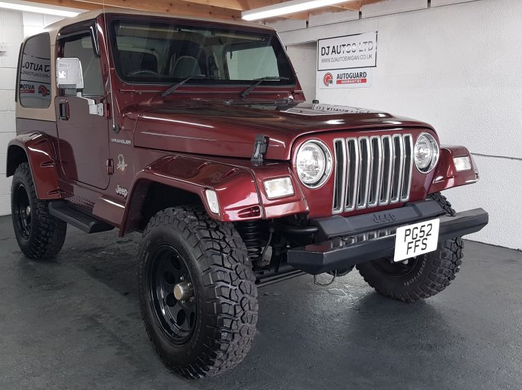 now sold thanks!!!!Jeep Wrangler 4.0 auto Sahara wine fresh import rust free tj px welcome excellent alround condition 3 months warrant