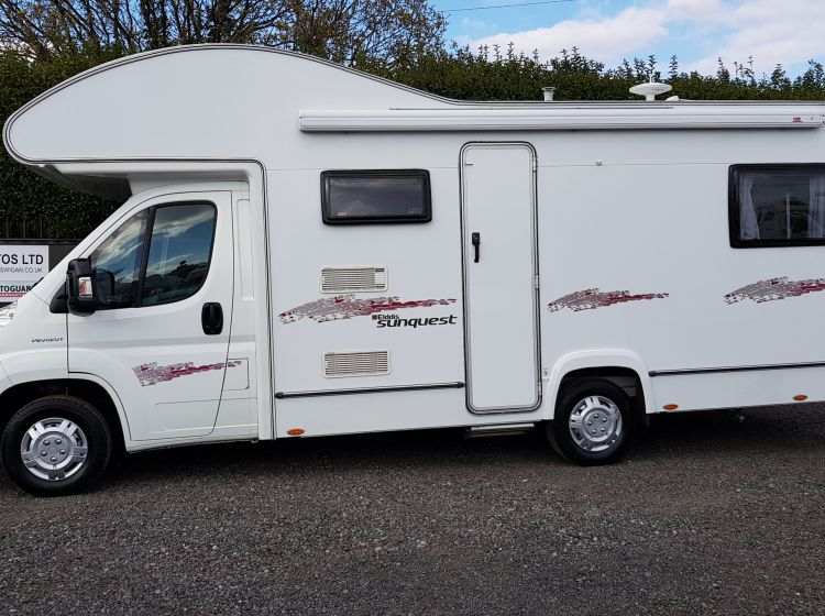 ELLDIS SUNQUEST 180 6 BERTH MOTORHOME 6 SEATBELTS fitted towbarpx and finance 6 months warranty 2011 only 16680 miles