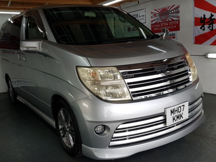 Now sold thanks****nissan Elgrand Rider 2.5 automatic 8 seater silver mpv day van 2007 excellent condition px and finance 6 months warranty