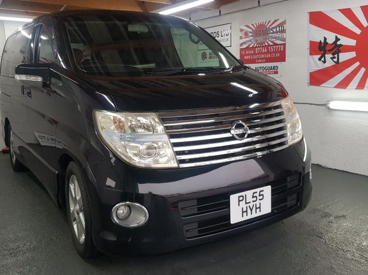 now sold thanks!!!!!!!Nissan elgrand 2500c automatic black 8 seater fresh import in stock 2006 excellent condition px and finance 6 months warranty