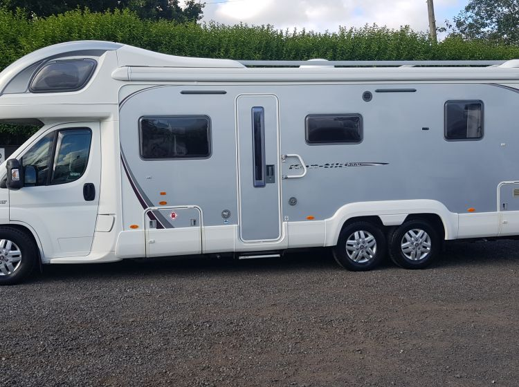 now sold thanks!!!!!!swift kontiki 669 3.0 diesel 6 berth island bed motorhome 2009- only 8900 miles	fsh 2 keys excellent condition px and finance welcome