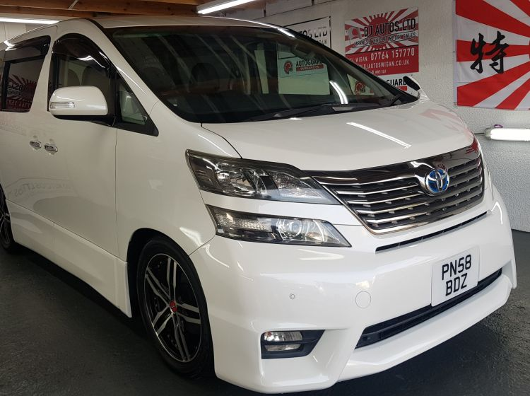 now sold thanks!!!!Toyota vellfire /alphard white 3500cc fresh jap import grade 4 2008 dvd screens rear reclining seats px poss