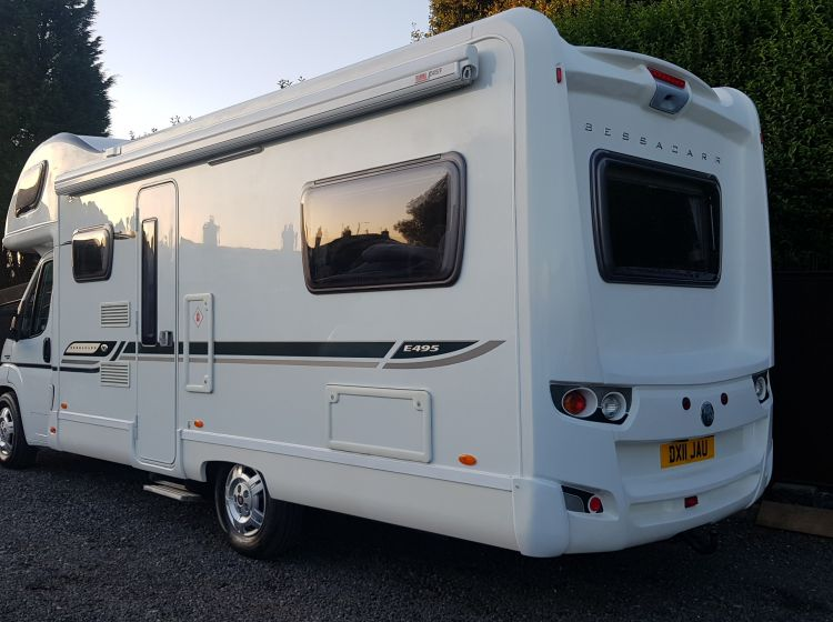 now sold thanks!!!!!!BESSACARR E495 mototohome 6 BERTH 6 SEATBELT u shape lounge 2011 px and finance 6 months warranty