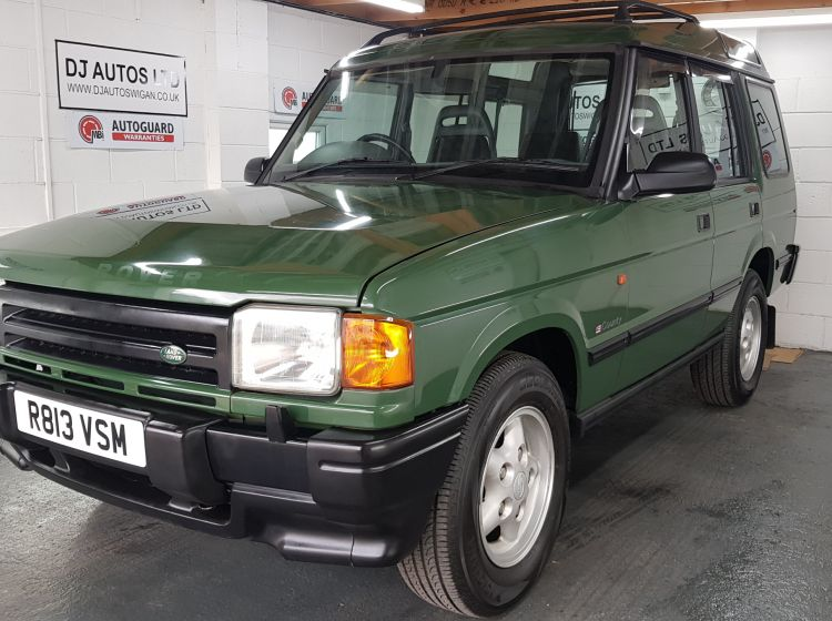 Land Rover Discovery 3.9 V8i auto green japanese import collectors corrosion free 1998 excellent alround condition must be seen twin sunroofs