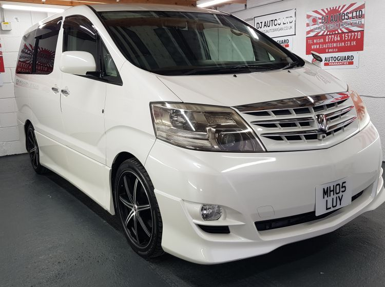 Toyota Alphard 2.4 white petrol automatic 8 seater mpv fresh japanese import 2005 excellent condition corrosion free quote stock 71