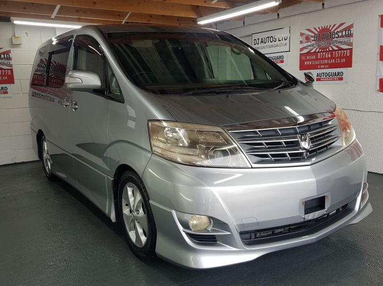 Toyota Alphard 2.4 silver petrol automatic 8 seater mpv sunroof japanese import excellent condition corrosion free 2005 in stock quote 74= 4 x new tyres fitted
