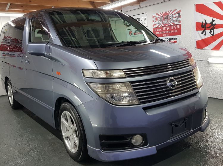 Nissan Elgrand 3.5 automatic 4wd 8 seater blue japanese import corrosion free 	stunning alround condition grade 4 -px poss quote 82