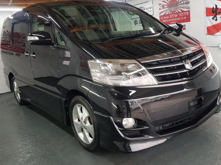 Toyota Alphard 2.4 black petrol automatic 8 seater mpv jap import corrosion free  in stock fresh import rear electric tailgate lift px and finance 2007