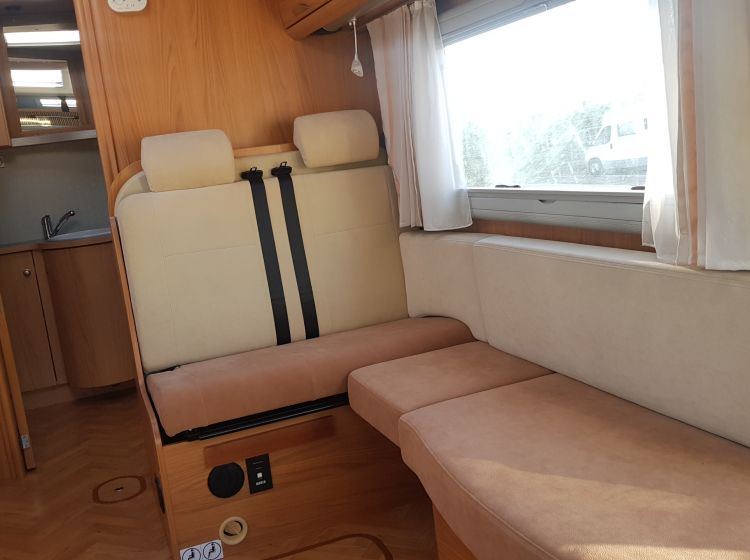 now sold thanks!!!!!!Burstner-Elegance-i591motorhome 3/4 berth 4 seatbelts 2006 with extras excellent condition px and finance 6 months warranty