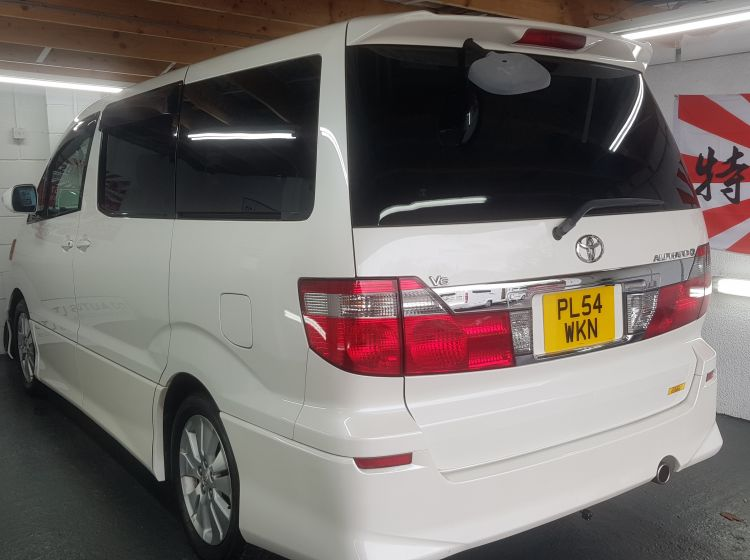 now sold thanks!!!!!Toyota Alphard 3.0 white petrol auto 8 seater sunroof jap import in stock 04 new timing belt full service and new m.o.t