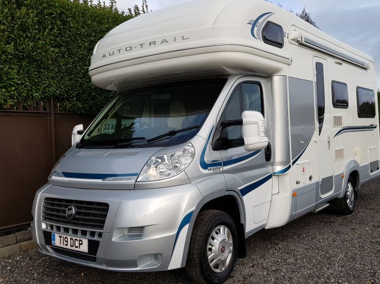 now sold thanks!!!!!!!2011 Fiat AUTO TRAIL APACHE 634 large u shape lounge 4 berth 2 seatbelt lots extras fsh 2 keys excellent condition px and finance welcome