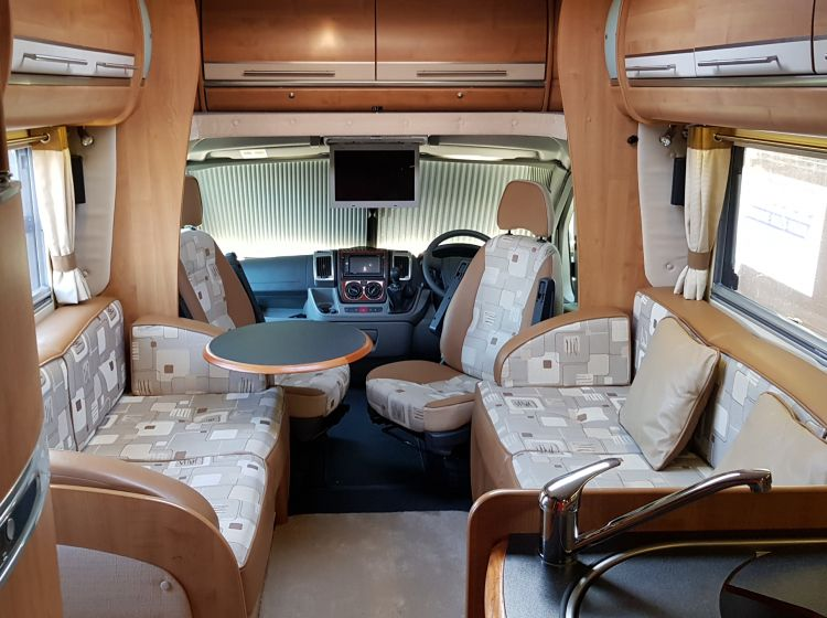 now sold thanks!!!!!!Autotrail Dekota 3.0 motorhome 4 berth 2 belts french bed only 14500 miles 2009 extras excellent condition px and finance 6 months warranty