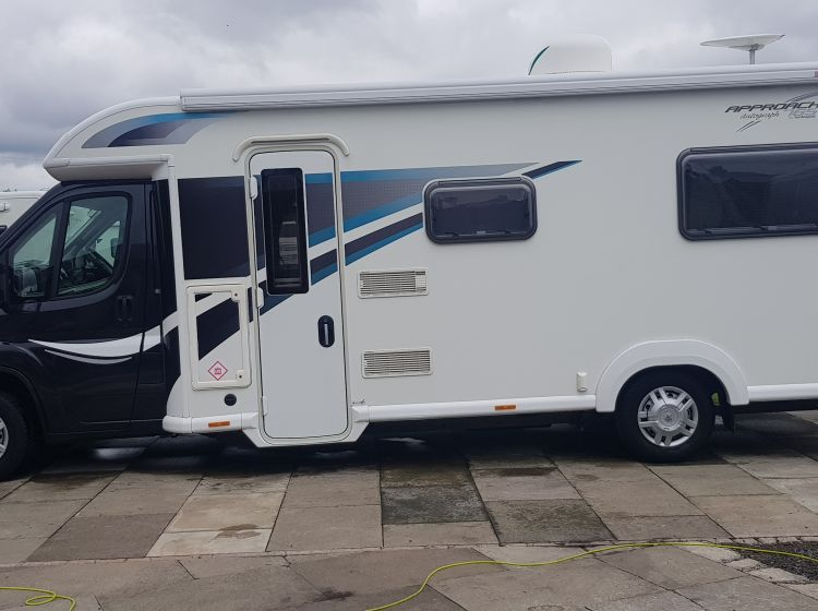 bailey approach autograph 765 motorhome 6 berth 6 seatbelts 1 owner 2014 extras