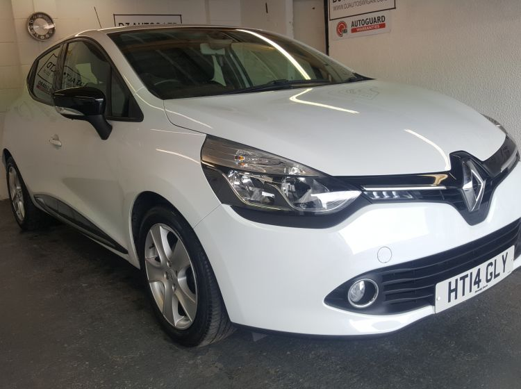 NOW SOLD THANKS!!!!!!!!!!!!!!!!!!Renault Clio 1.5TD ( 90bhp ) ( MediaNav ) ( s/s ) ECO ENERGY Dynamique 2014-fsh 2 keys excellent condition px and finance welcome