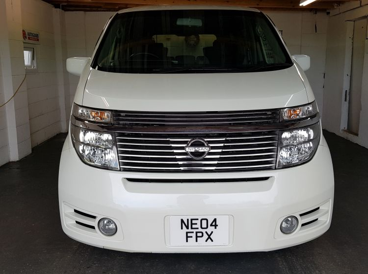now sold thanks!!!!!!!Nissan elgrand 3500cc white automatic highway star 8 seater only 34000 miles 04 half leather trim px welcome finance 6 months warranty