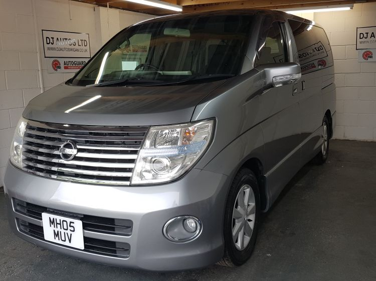 now sold thanks !!!!!!!nissan  elgrand
