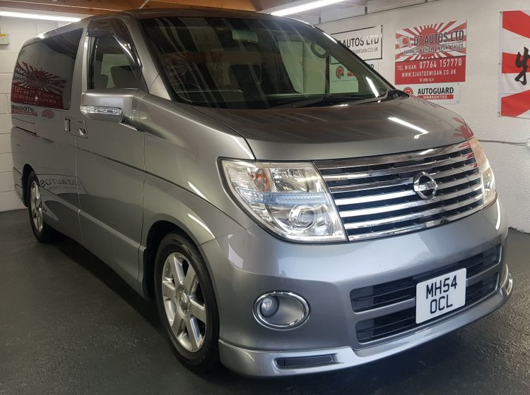 Nissan elgrand 2500cc highway star fresh jap import automatic grey 2005 excellent px and finance 6 months warranty