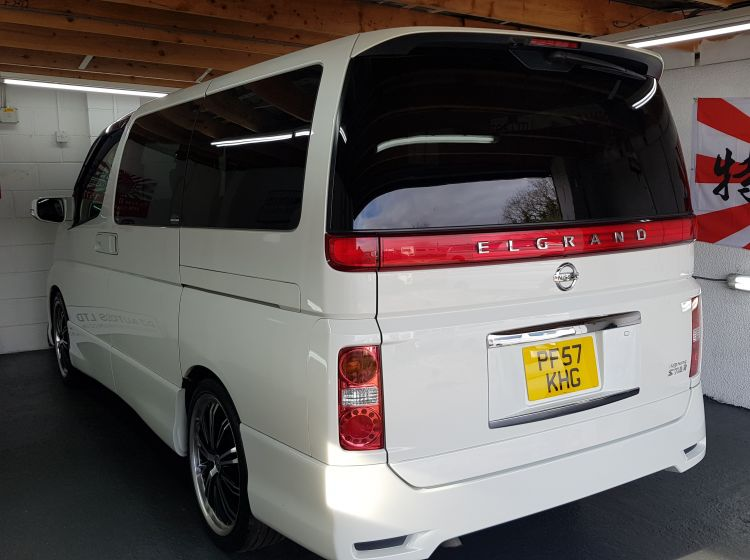 now sold thanks!!!!!!!!Nissan Elgrand 3.5 automatic 8 seater white MPV full black leather seats 2007 4 new tyres- px and finance- 6 months warranty