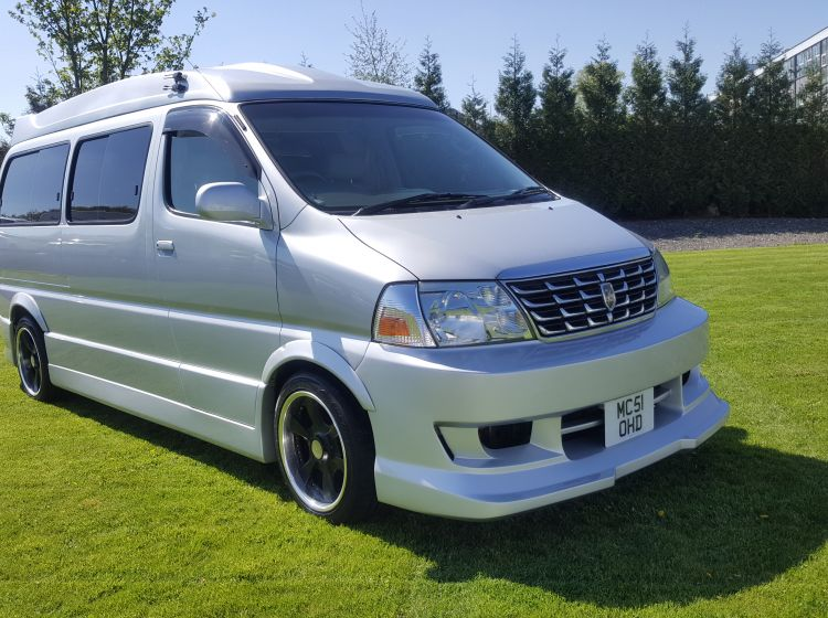 now sold thanks!!!!!Toyota HIACE DAY VAN 3400cc petrol automatic silver 51 plate stunning px welcome -new timing belt kit and full service and 4 new tyres
