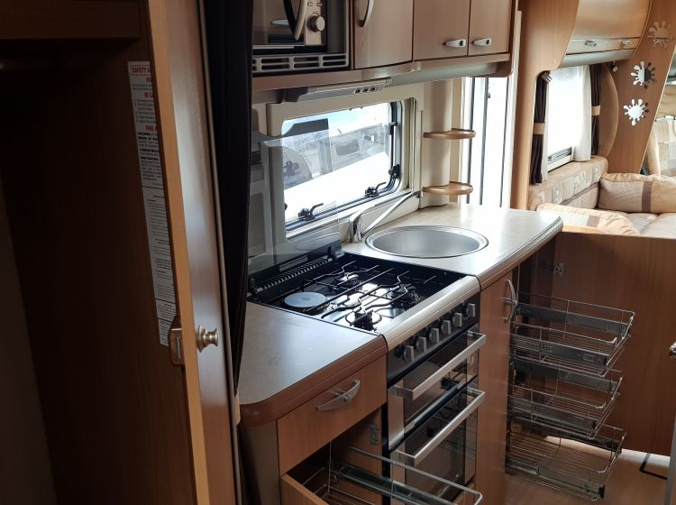 now sold thanks!!!!!!swift kontiki 679 motorhome 3.0 diesel 4 berth 4 seatbelts tag axle garage 2010 fsh 2 keys excellent condition px and finance welcome