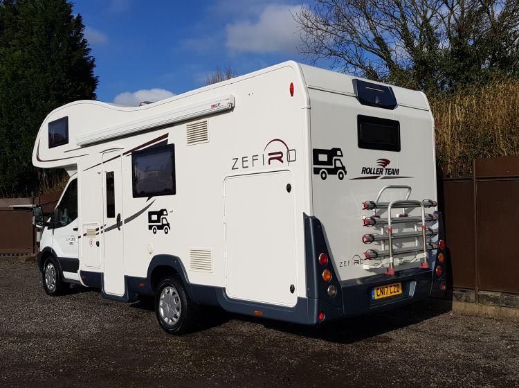 now sold thanks!!!!!!!ROLLER TEAM ZEFIRO 690 garage motorhome 6 berth 6 seatbelts  Awning, safari room,solar panel, bike rack excellent condition 2017