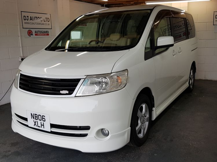 now sold thanks!!!!!Nissan Serena 2.0 automatic petrol 8 seater mpv top class import excellent condition px and finance 6 months warranty