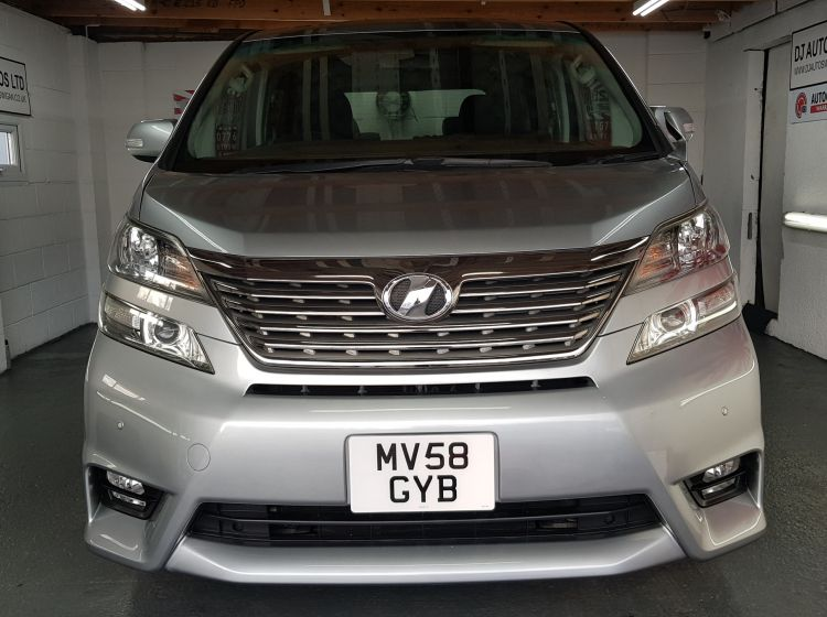 Toyota vellfire  like the alphard 2.4 automatic in grey jap import in stock dvd screens power slide doors executive seatsexcellent condition px and finance 6 months warranty