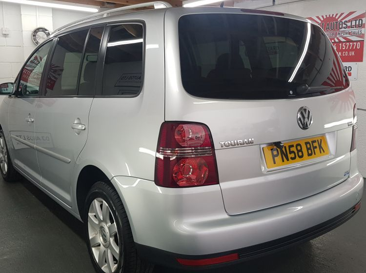 Volkswagen Touran 1.4 TSI auto7 seater highline japanese import in stock 2008 excellent condition px and finance 6 months warranty