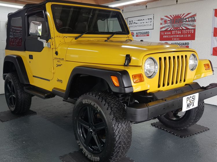 now sold thanks!!!!!!Jeep Wrangler 4.0 manual lifted yellow jap import rust free 2001 in stock new tyres refurbed alloys soft top perfect